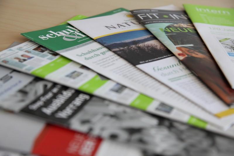 EIne Mitarbeiterzeitung schafft mehr Vertrauen in das Unternehmen.